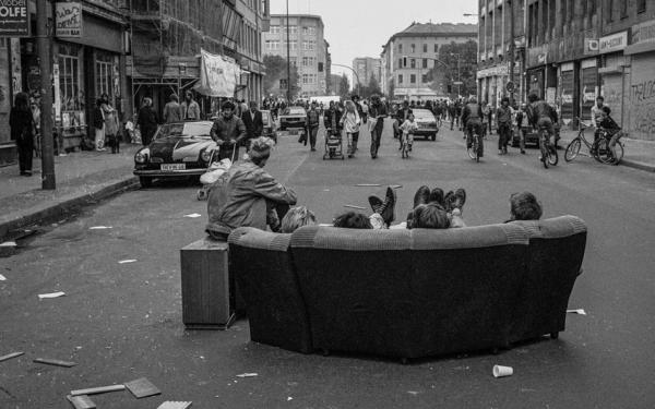 West Berlin in the 1980s, here at Oranienstraße, Kreuzberg. Photo/ copyright and courtesy: Michael Hughes, Berlin