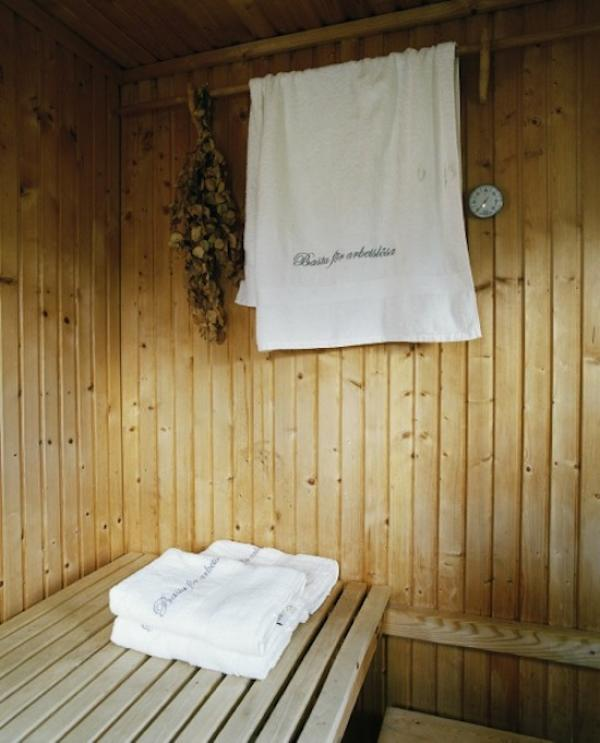 Frida Klingberg, Sauna for the unemployed, Hagen/Sweden, 2014.